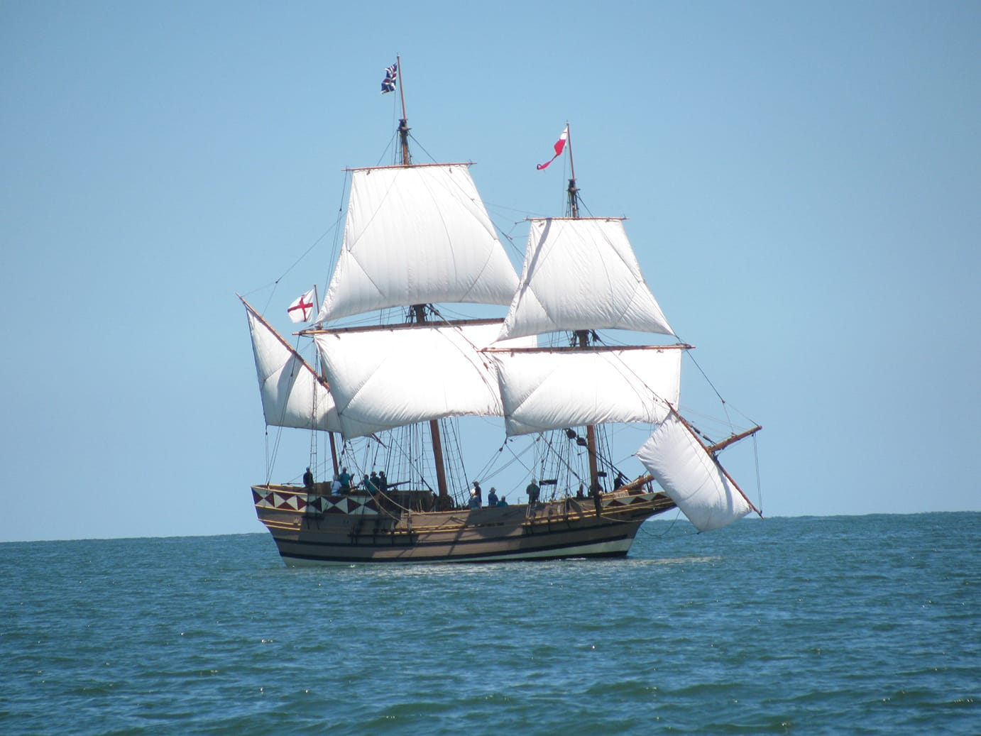 godspeed-this-is-a-replica-of-the-ships-that-brouht-our-ancestors-to-jamestown-in-1607.jpg